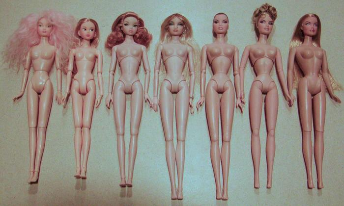 Comparaisons corps fashion dolls: images & liens 986body-comparison-005