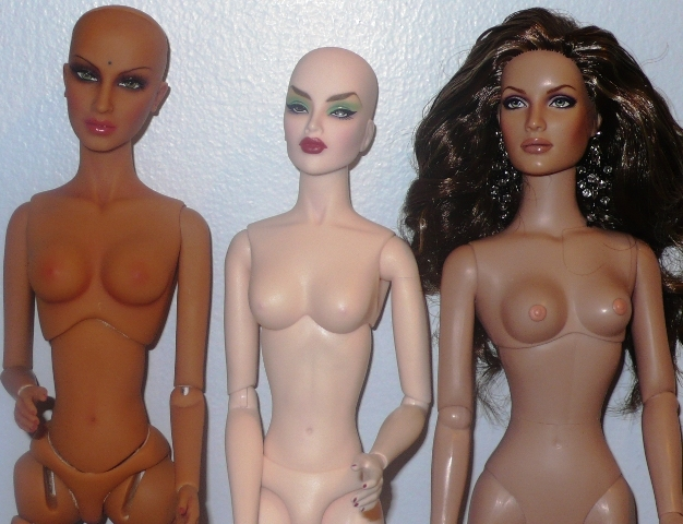 Comparaisons corps fashion dolls: images & liens VideosofthefamilyII249